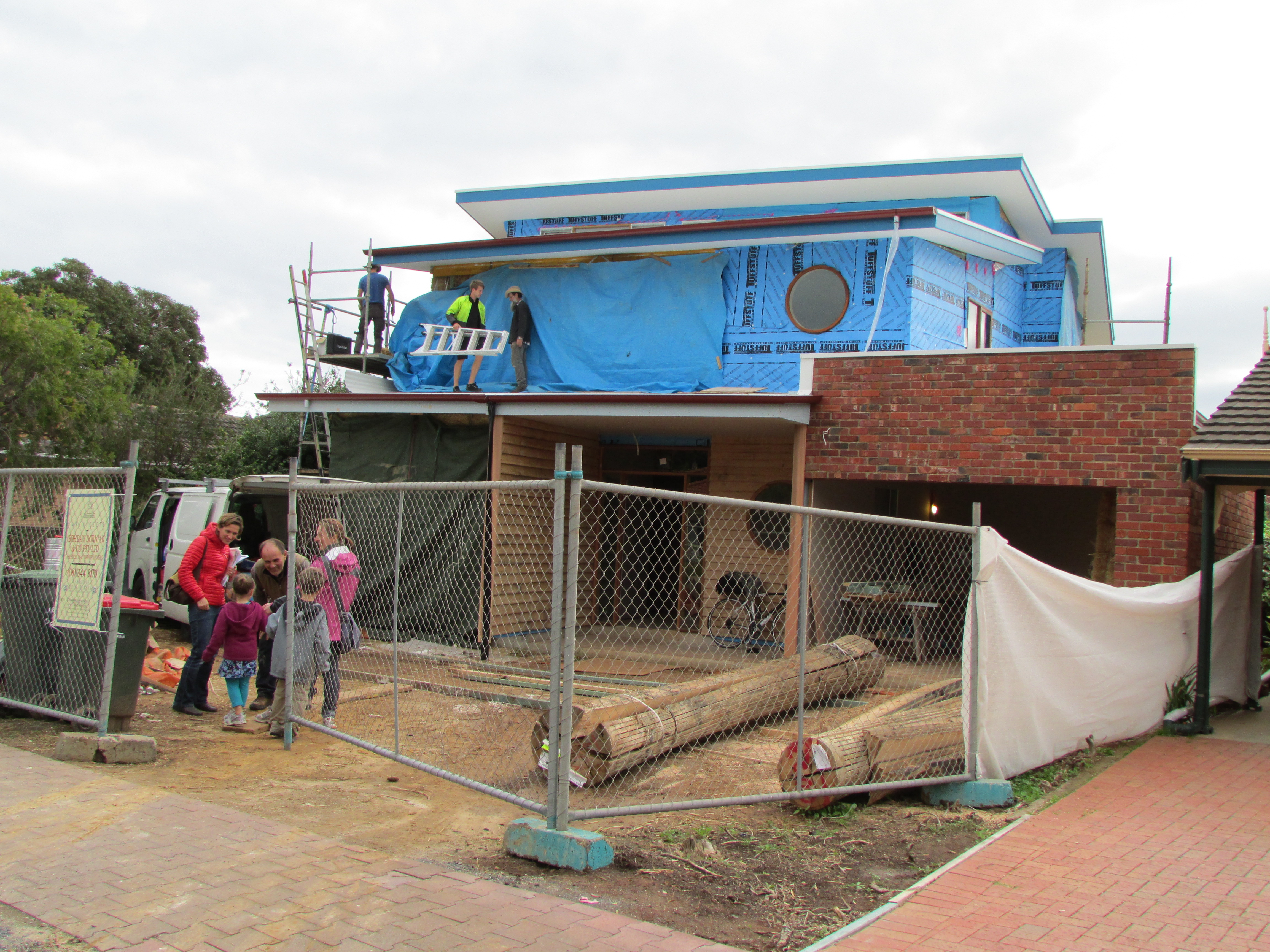 Straw bale house in adelaide world tour with kids for Adelaide house